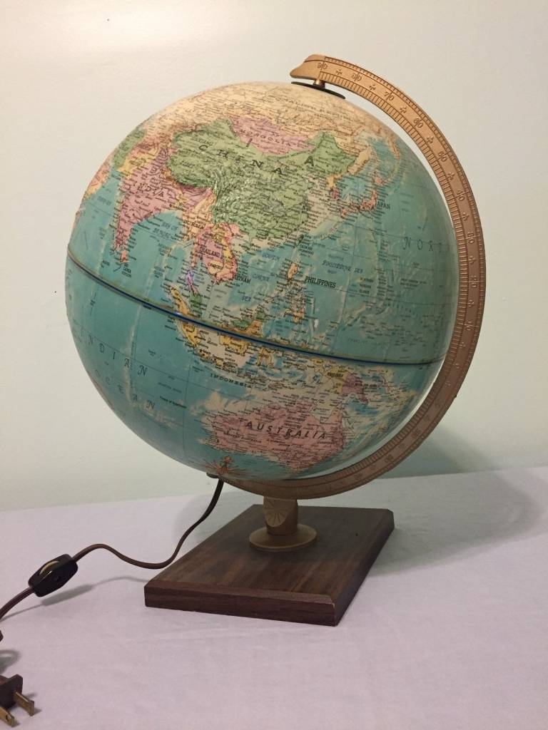 Vintage 1940's Replogle 12 inch diameter Light Up Globe
