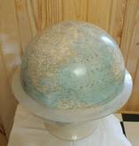 VINTAGE NATIONAL GEOGRAPHIC WORLD GLOBE 1966 & ACRYLIC STAND