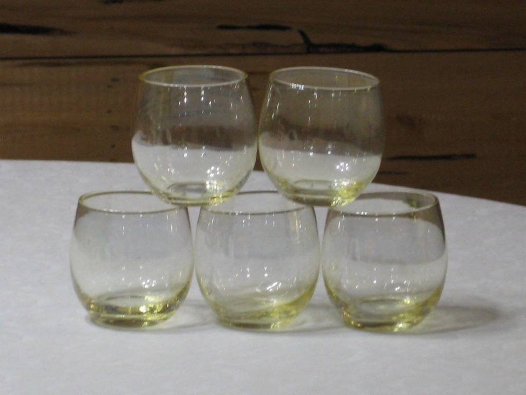 Vintage Set of 5 Yellow Fade Roly Poly 4 oz. Tumblers