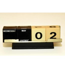 Vintage MCM CUBE DATE DESK DISPLAY