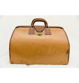 Vintage LEATHER WEEKENDER/ DOCTORS BAG
