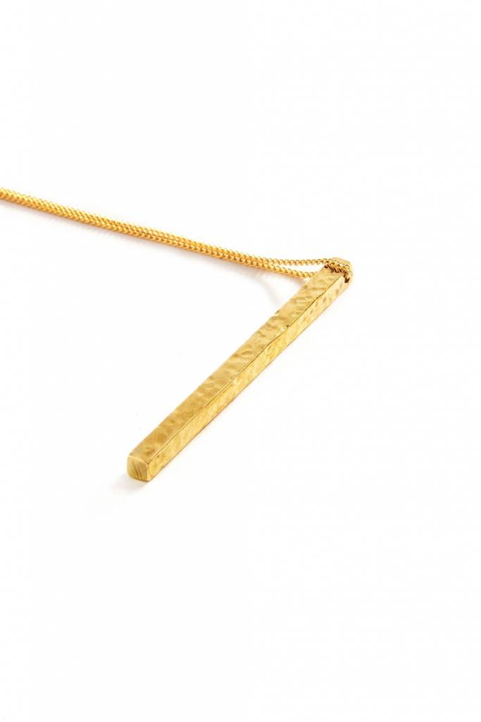 """Mana Made Jewelry Mana Made Hammered Square Bar Necklace 