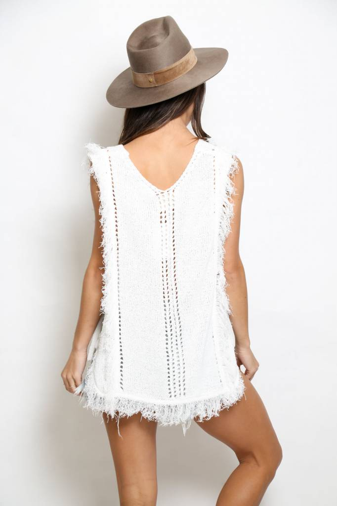 Moon River Moon River Sleeveless Sweater Top
