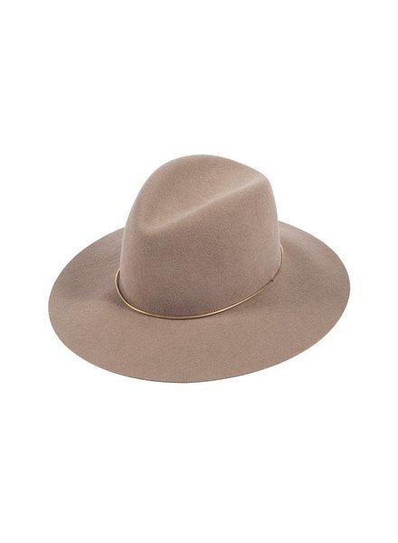 Janessa Leone Janessa Leone Lassen Hat