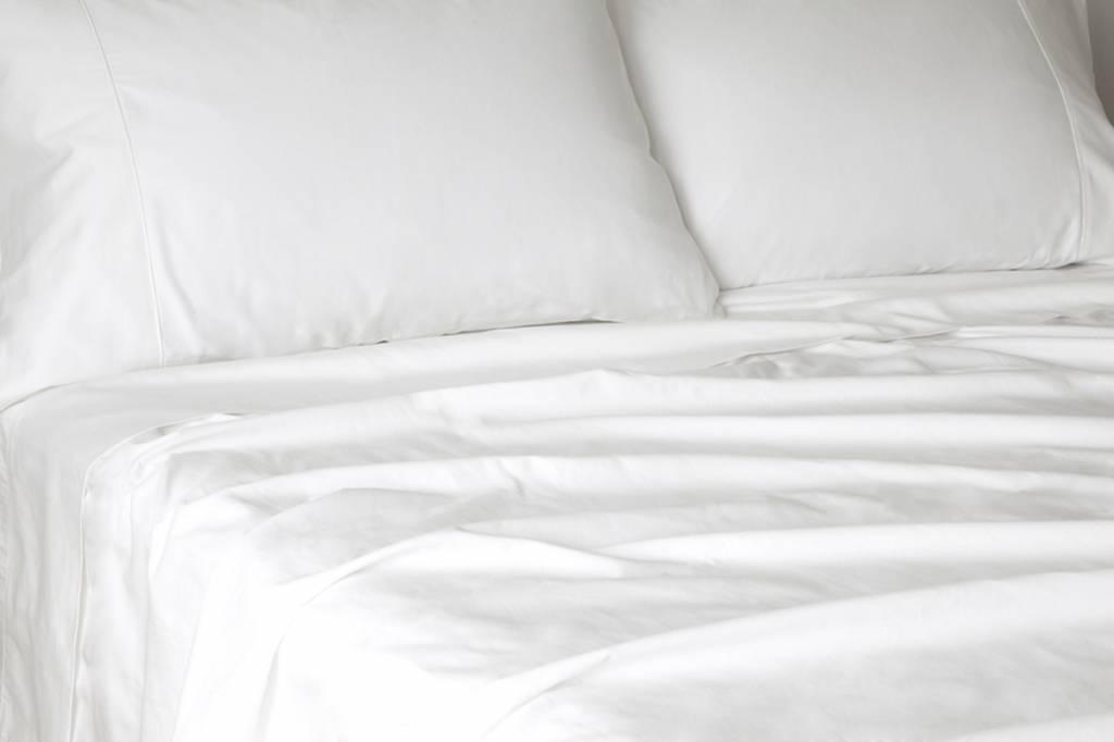 Glo Sateen Sheets (White), King Flat