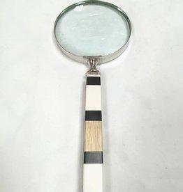B&W Wood Magnifier