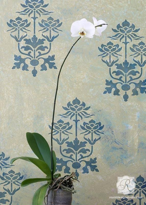 Royal Design Studios Kamal Lotus Flower Stencil