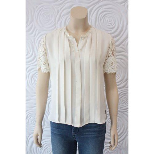 Weill Weill Lace Short Sleeve Top with Hidden Buttons
