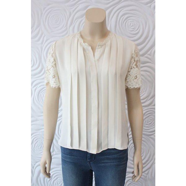 Weill Lace Short Sleeve Top with Hidden Buttons