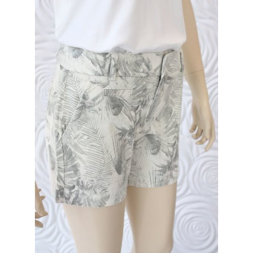 Ecru Ecru Michelle Chino Short