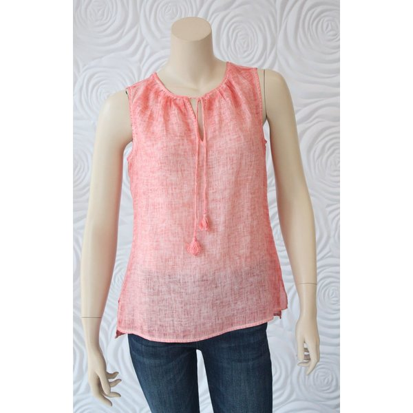Ecru Sleeveless Top With Tassle