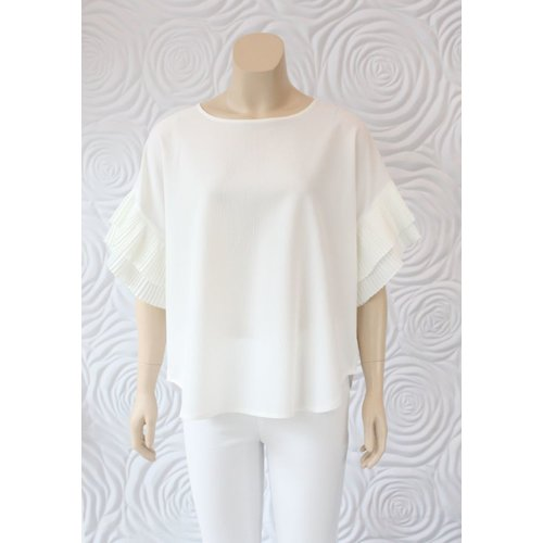 Zero Degrees Celsius Zero Degrees Celsius Flutter Sleeve Blouse