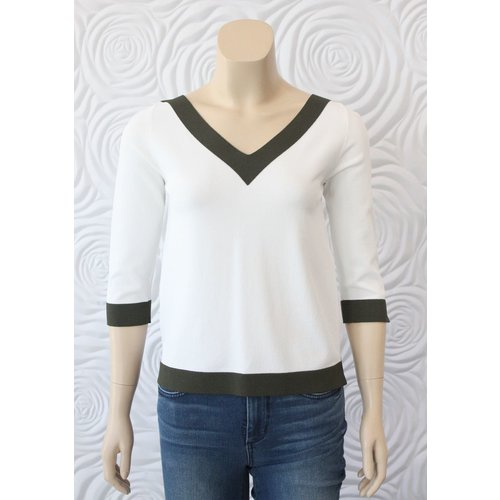 D Exterior D Exterior V-Neck Top with 3/4 Sleeves