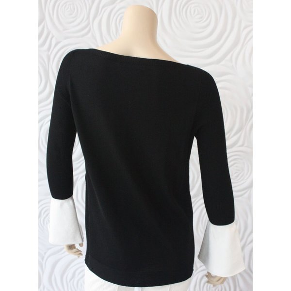 D Exterior Sweater Top with Wrist Detail
