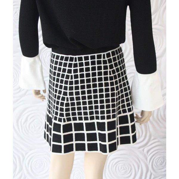 D Exterior Black & White Printed Skirt
