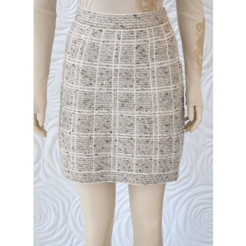 D Exterior D Exterior Tweed Skirt with Slight Sequin Detail