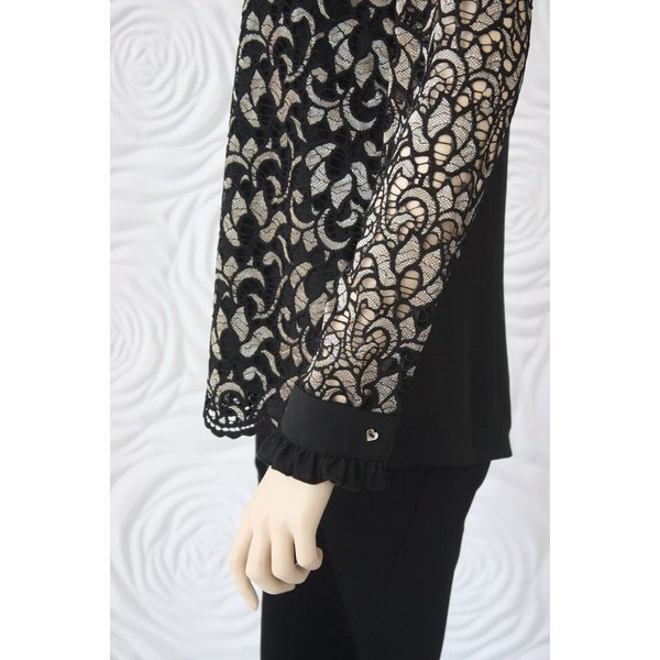 Valentina Long Sleeve Lace Blouse with Ruffle Collar in Black