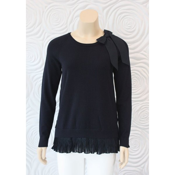 Leo & Ugo Knit Blouse with Lace and Knife Pleat Trim