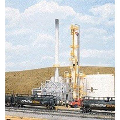 """WALC - Walthers Cornerstone North Island Refinery -- Kit - 8-1/16 x 5""""  20.5 x 12.7cm"""