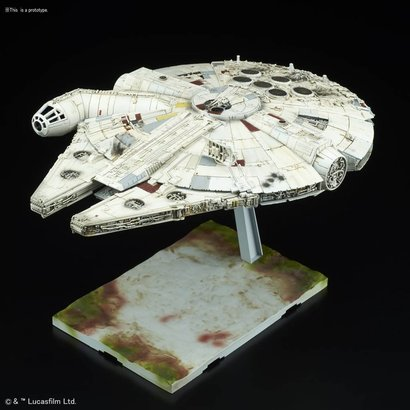 "BAN - Bandai Gundam 219770 Millennium Falcon ""Star Wars: The Last Jedi"", Bandai Star Wars 1/144 Plastic Model"