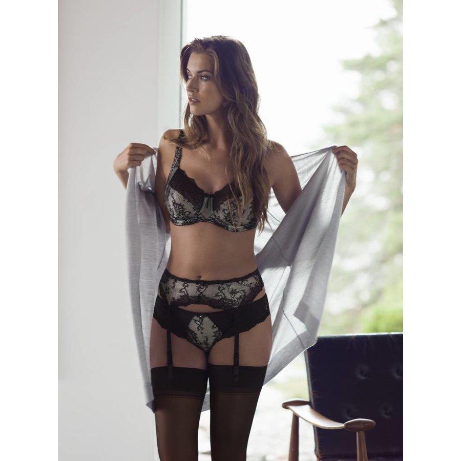 isabella suspender belt