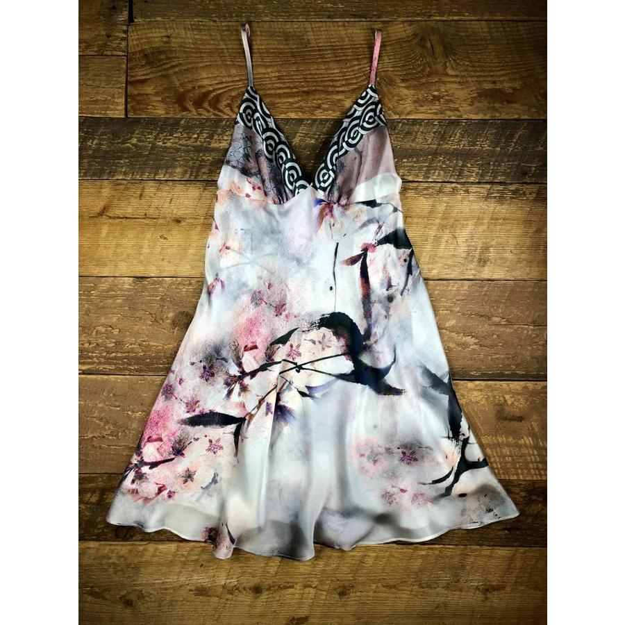 nightingale short triangle cup chemise