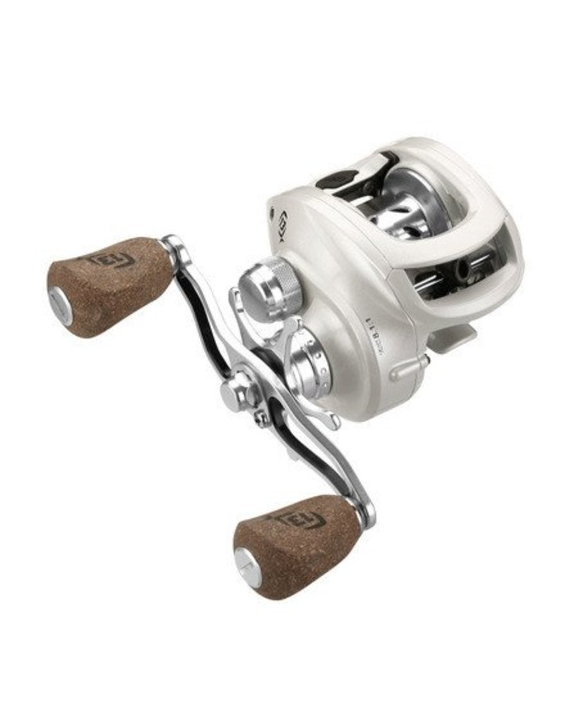 13 Fishing, Concept C Low -Profile 7.3:1 Gear Ratio Reel- RH