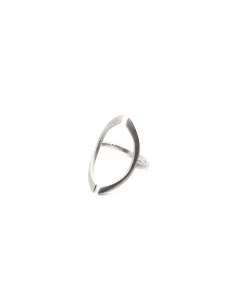 BOLD ARC RING