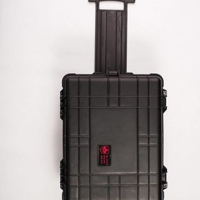 "Black Bear Gear BLACK BEAR GEAR, 22"" HARD CASE (with foam/wheels/handle)"