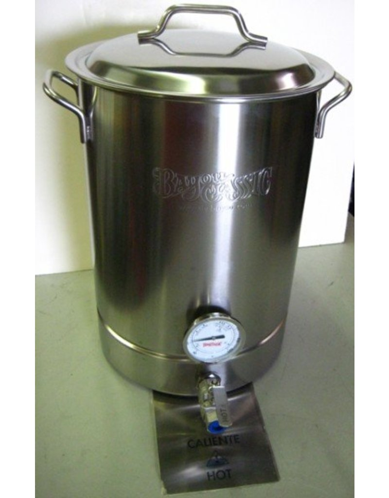 Bayou Classic Bayou Classic 8 Gallon Kettle with Spigot and Thermometer