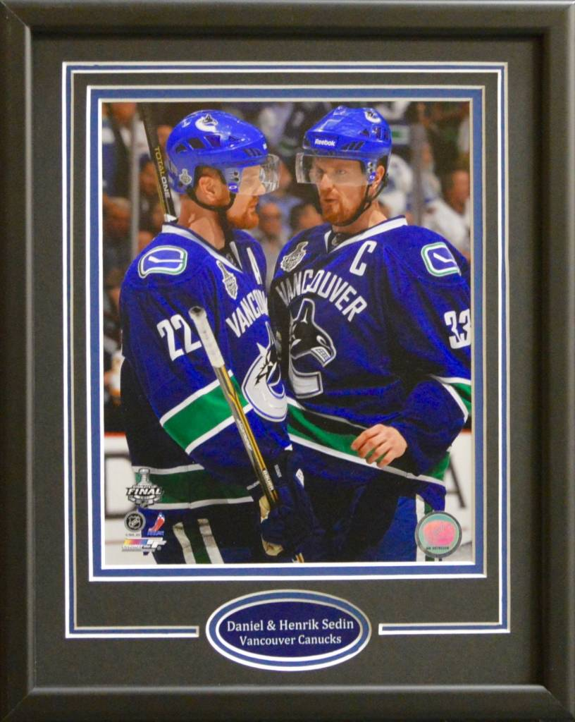 SEDIN TWINS 11X14 FRAME - VANCOUVER CANUCKS