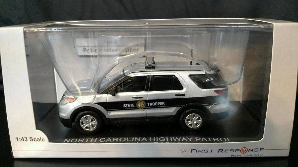 2014 Ford Explorer Model Car