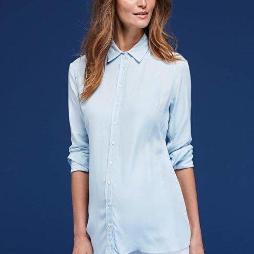 Isabella Oliver Calia Maternity Shirt