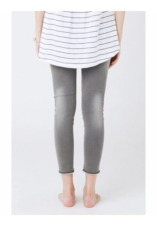 Distressed Ankle Grazer Jegging