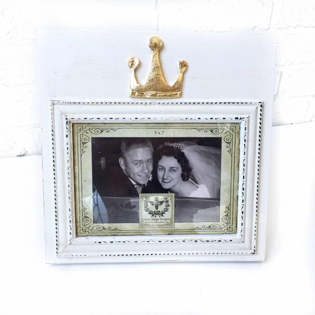 5X7 Landscape Ivory Frame w/ Crown