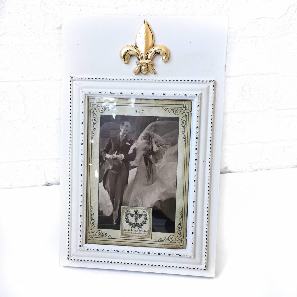 5X7 Portrait Ivory Frame w/ Fleur de Lis
