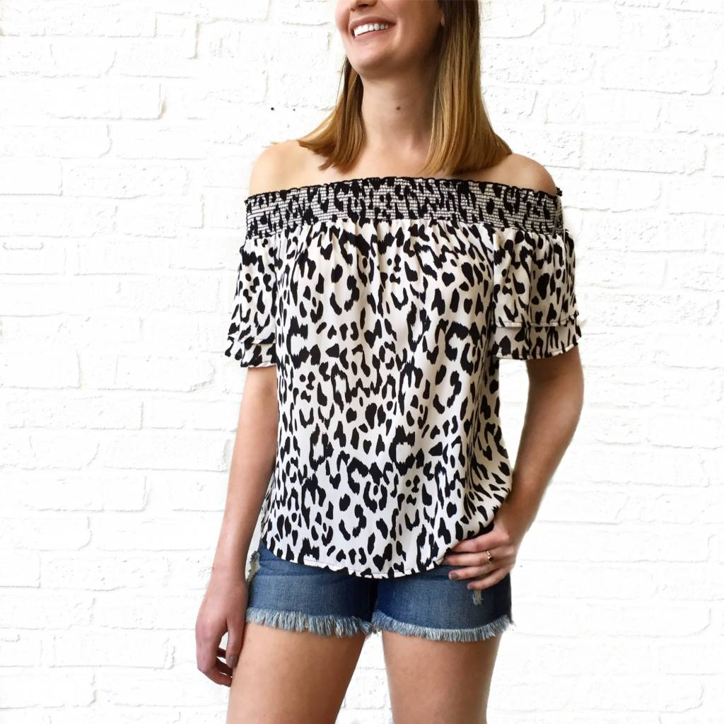 Off Shldr White Cheetah Top