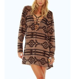 Lucy Love Wolfe Mountain Tunic
