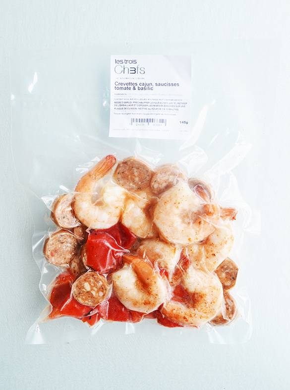 Crevettes cajun, saucisses tomates & basilic