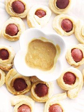 Saucisses au smoked meat & pâte feuilletée
