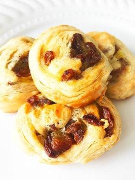 Mini pains français aux raisins
