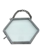 HomArt Pierre Ornament Frame -3.25 x3.0 Hexagon Zinc