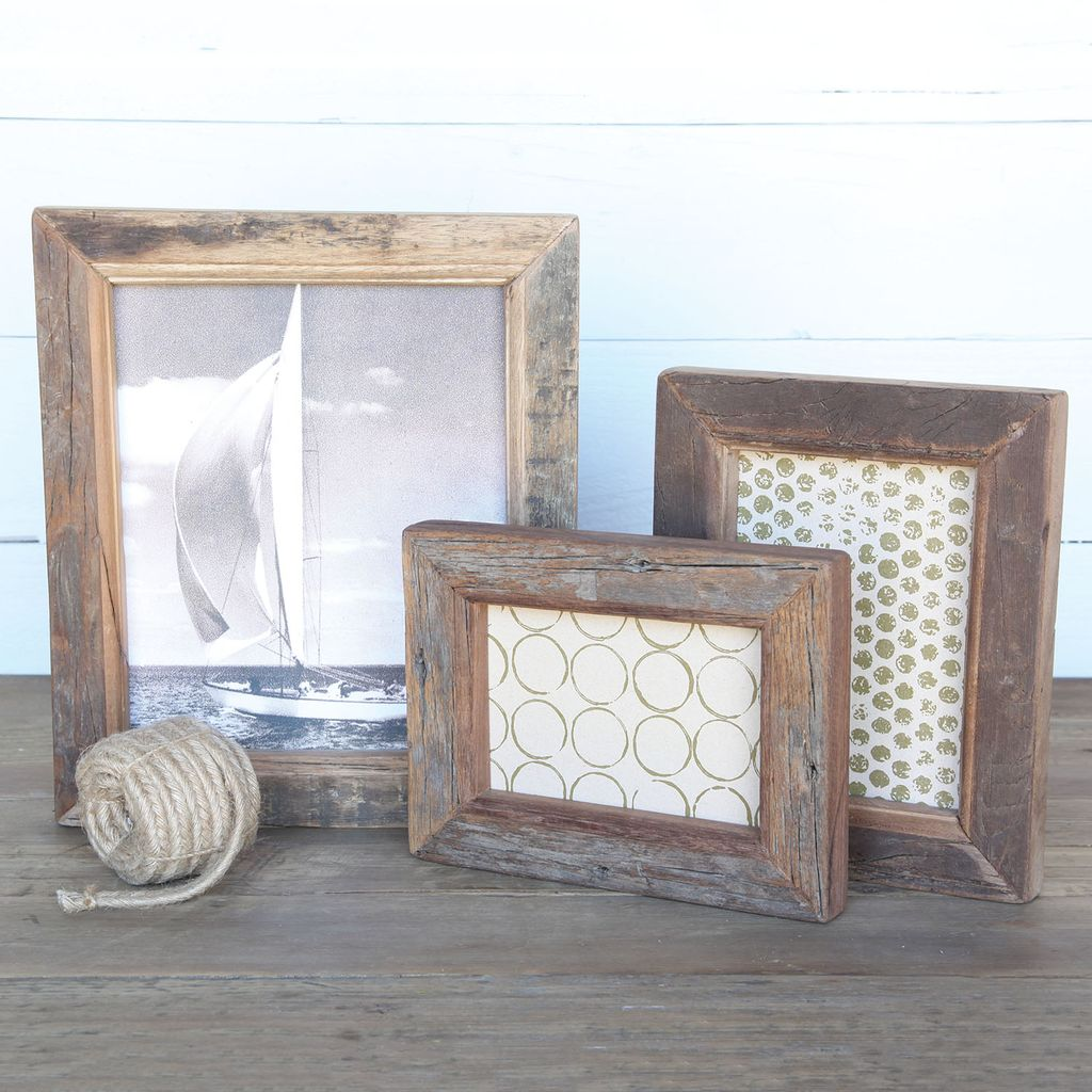 reclaimed wood picture frame 4x6 areohome. Black Bedroom Furniture Sets. Home Design Ideas