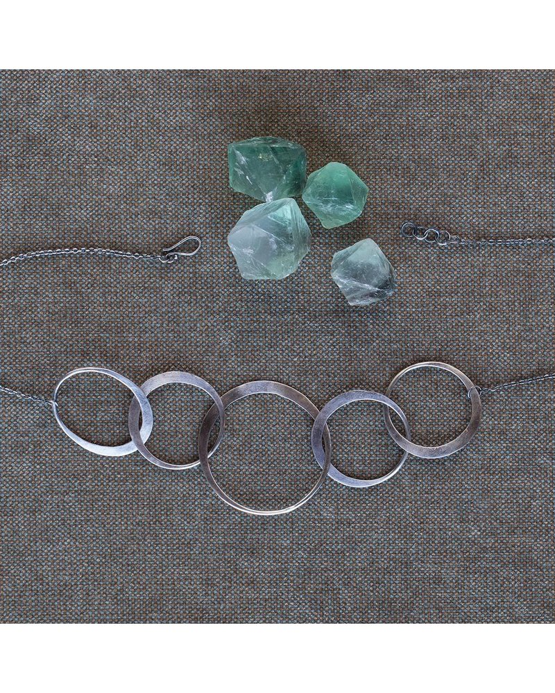 OraTen Elliptical Silver 5 Ring Necklace