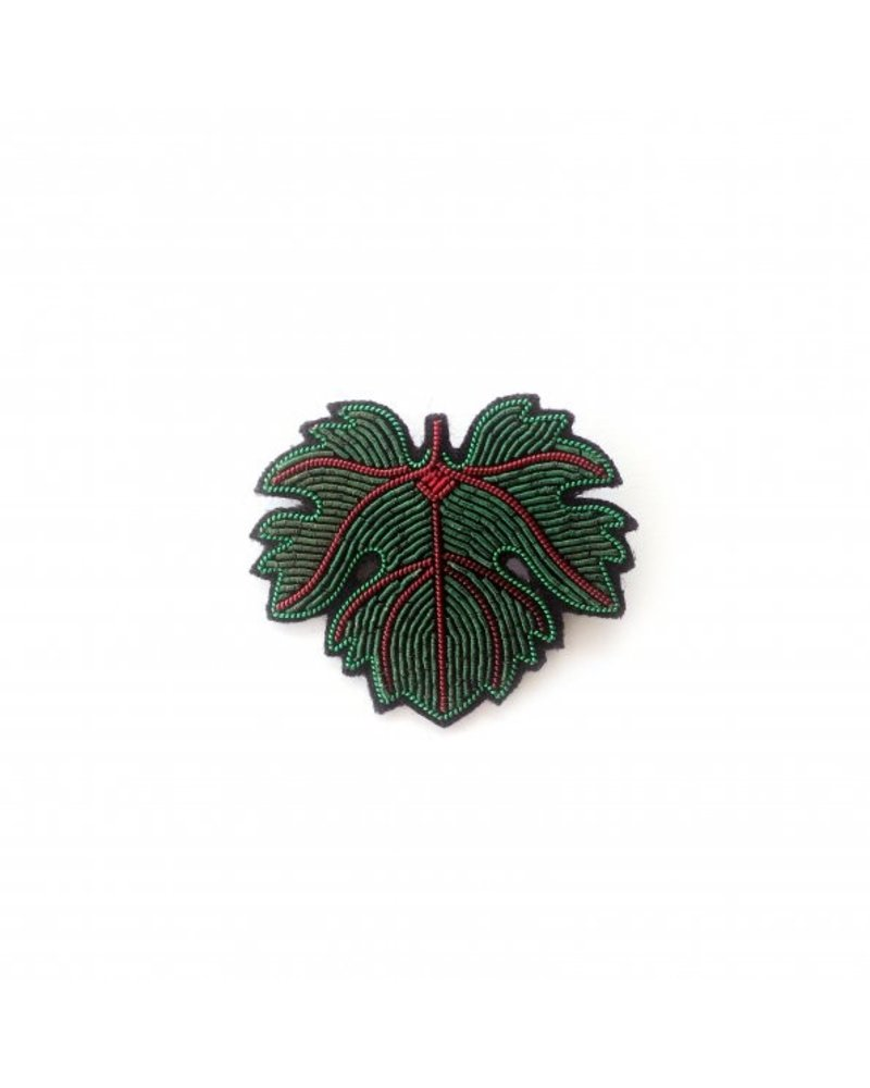 Macon & Lesquoy Pins Vine Leaf Pin