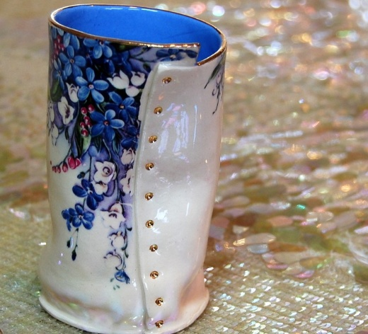 Europe Lily's Drawers - Small Vase