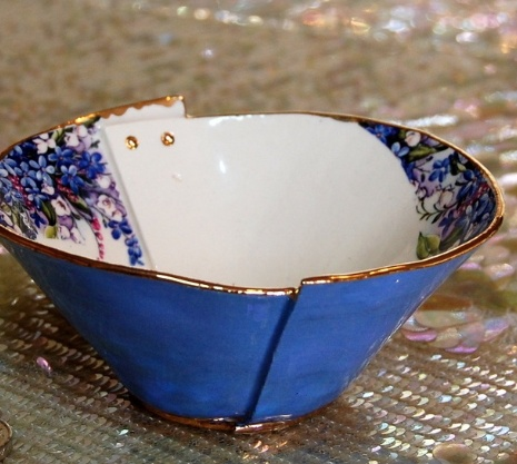 Europe Lily's Drawers- Small Bowl