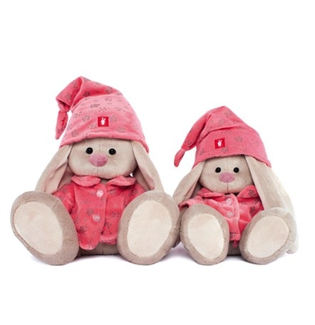 Europe Zaika Mi in pink pyjamas (big)
