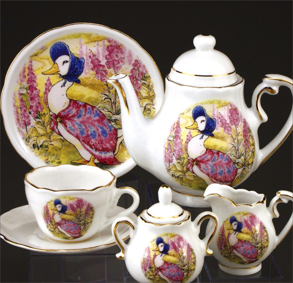 Europe Beatrix Potter TEA SET JEMIMA PUDDLEDUCK