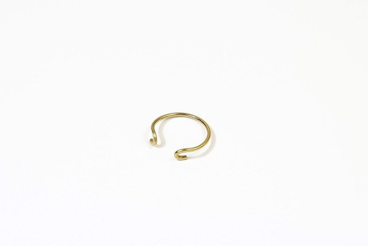 USA Hammered J Ring Gold size 6